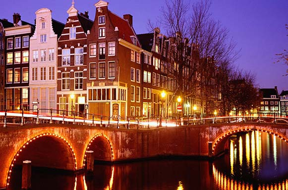 Apartamentos en amsterdam para alquilar por d as for Apartamentos en sevilla para alquilar por dias