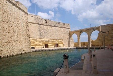 Apartamentos en birgu isla de malta - Apartamentos baratos en malta ...