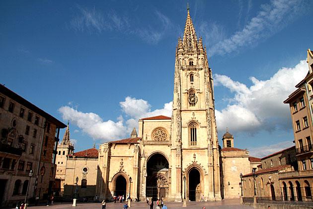 Apartamentos en Oviedo en alquiler : Viajar a Asturias ...