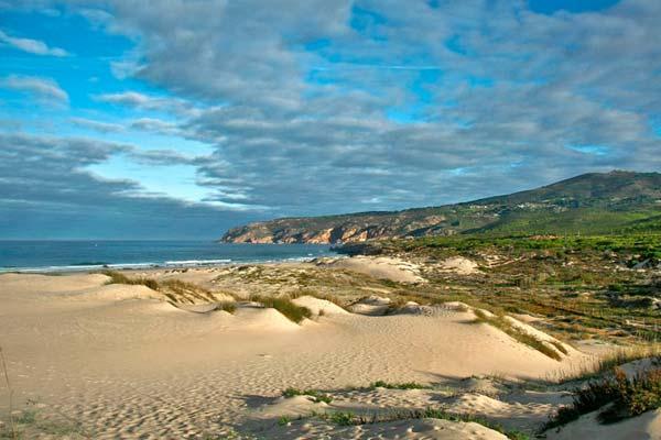 La playa de Guincho de Cascais es de las preferidas para un baño